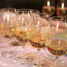 Forbes-Wine-rhs-reisling-in-a-glass